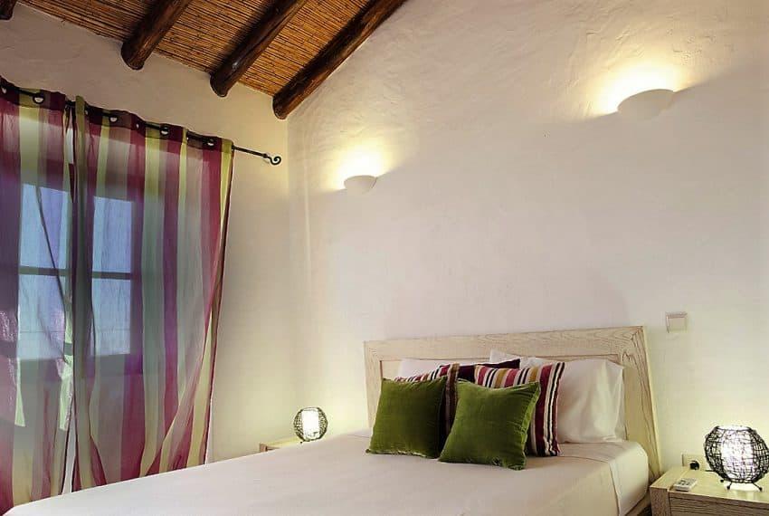 Algarvean 6 Bedrooms Brand New Villa - 00003