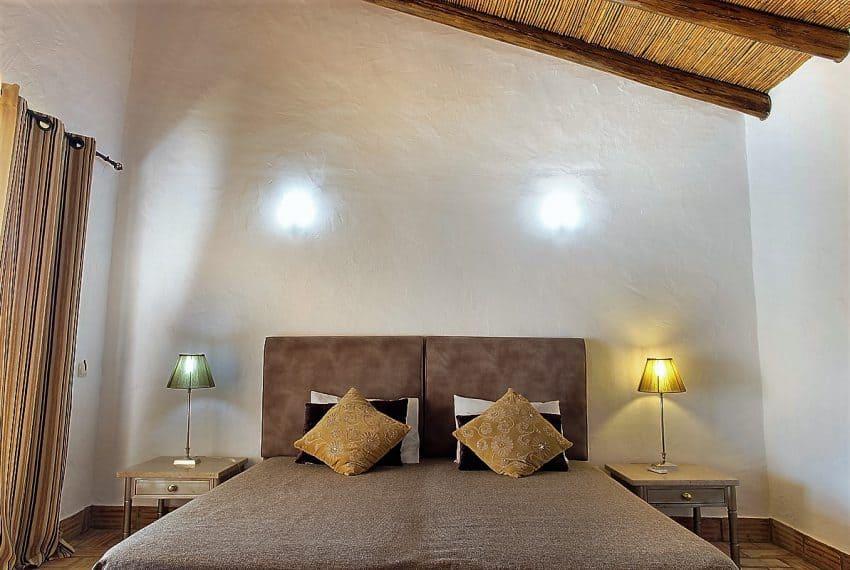 Algarvean 6 Bedrooms Brand New Villa - 00006