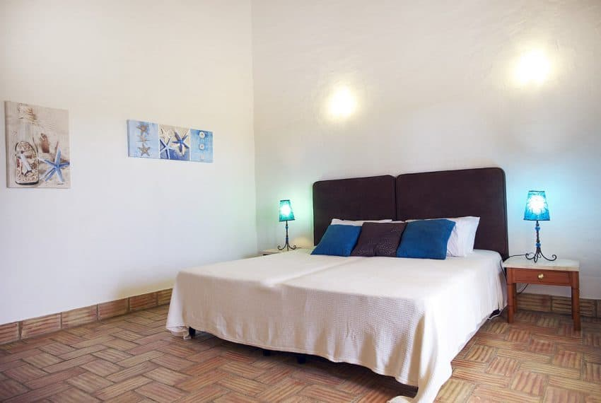 Algarvean 6 Bedrooms Brand New Villa - 00007