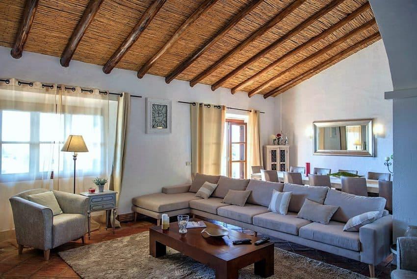 Algarvean 6 Bedrooms Brand New Villa - 00008