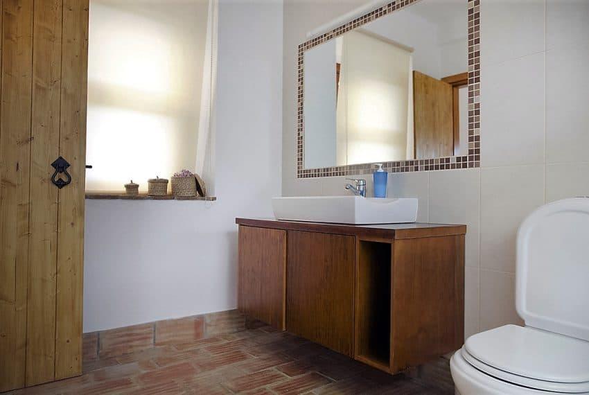 Algarvean 6 Bedrooms Brand New Villa - 00011