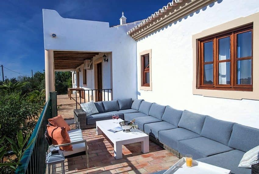 Algarvean 6 Bedrooms Brand New Villa - 00016