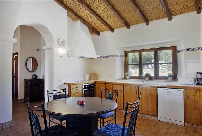 Algarvean 6 Bedrooms Brand New Villa - 00018