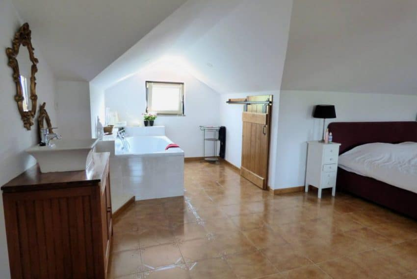 4 bedroom villa Arganil (26)