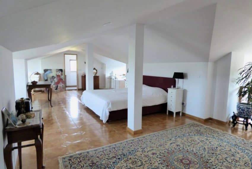 4 bedroom villa Arganil (28)