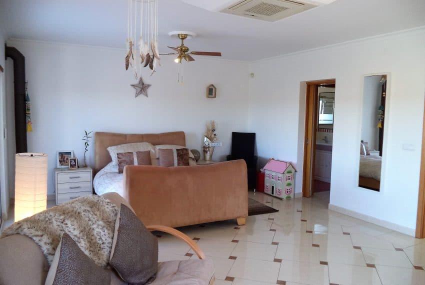 Villa T4 with Pool Tavira Perogil (24)