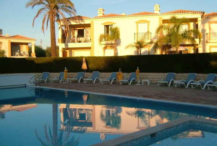 2 Bedroom Apartment Golf Pool - Algarve (2)
