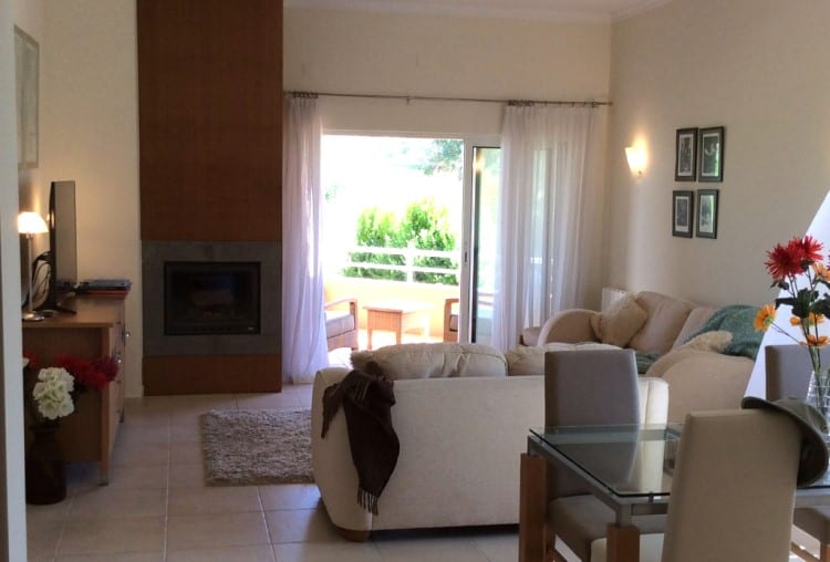 2 Bedroom Apartment on Golf Resort - Algarve (8)