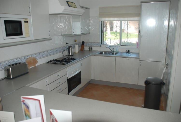 2 Bedroom apartment on Golf Resort - Algarve (3)