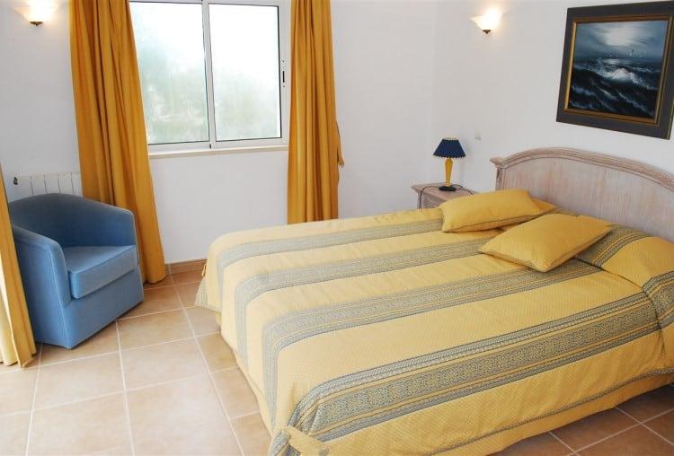 3 Bedroom Semi-detached Villa on Golf Resort - Algarve (7)