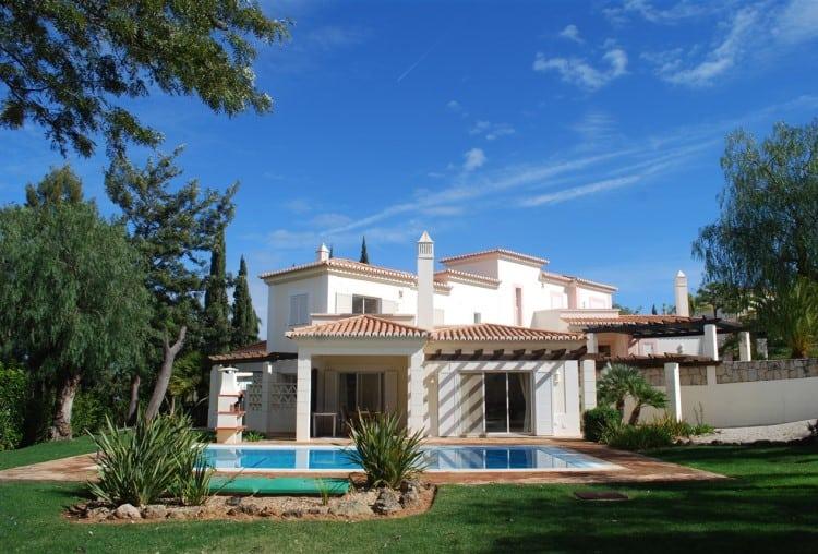3 Bedroom Semi-detached Villa on Golf Resort - Algarve (8)