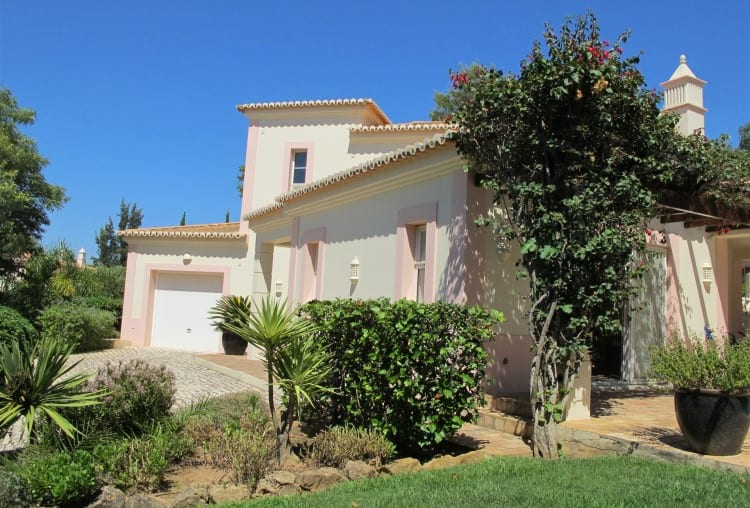 3 Bedrooms Villa on Golf Resort - Algarve (7)