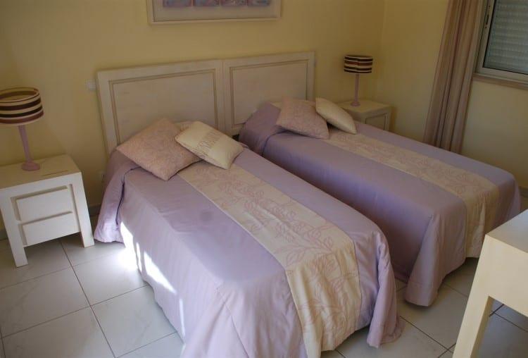4 Bedroom Villa on Golf Resort - Algarve (3)