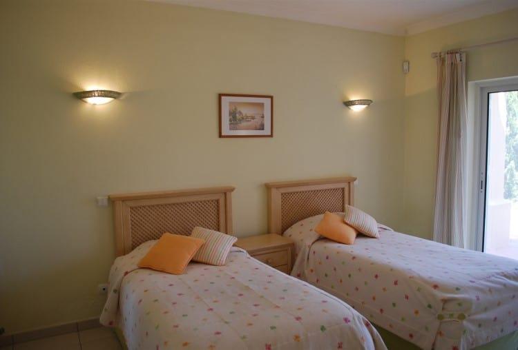 4 Bedroom Villa on Golf Resort - Algarve (6)