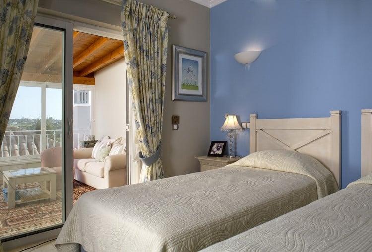 Luxury villa with 4 bedrooms on the Golf Resort - Algarve (10)