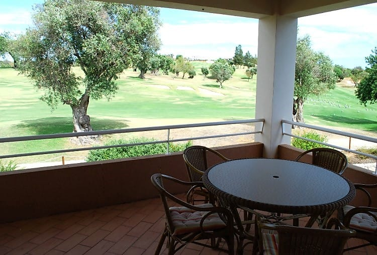 T3 apartment golf pool Carveiro (1)