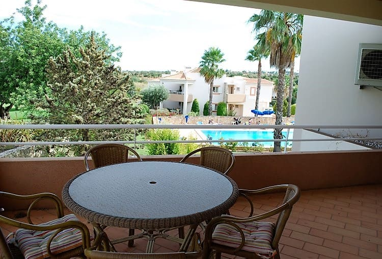 T3 apartment golf pool Carveiro (2)