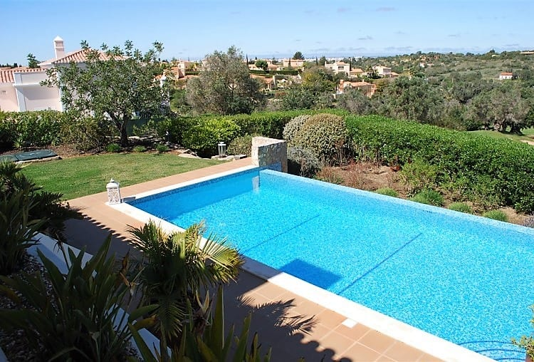 Villa T3 Pool Golf Carveiro (2)