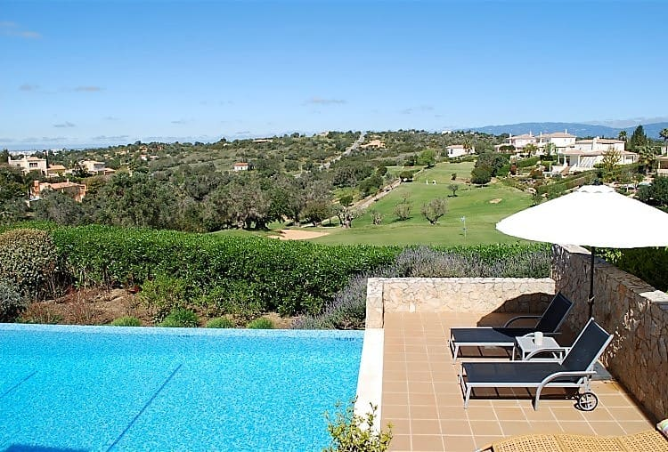 Villa T3 Pool Golf Carveiro (3)