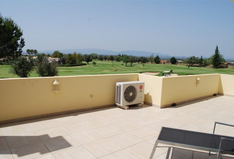 Villa T4 Pool Golf Carveiro (15)