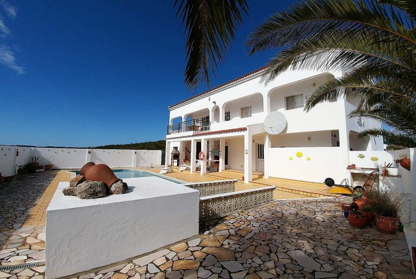 t3 Villa with pool Tavira (1)