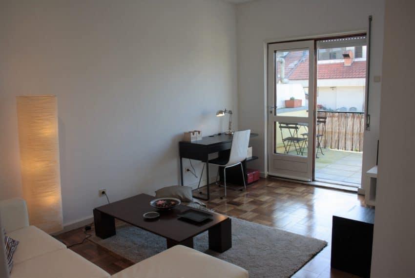 Apartamento T1+1 center Porto (16)