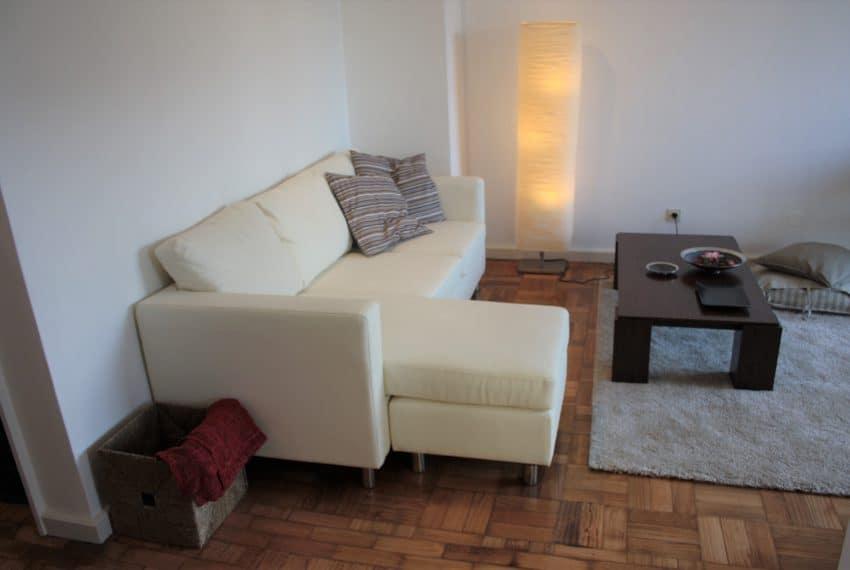 Apartamento T1+1 center Porto (17)