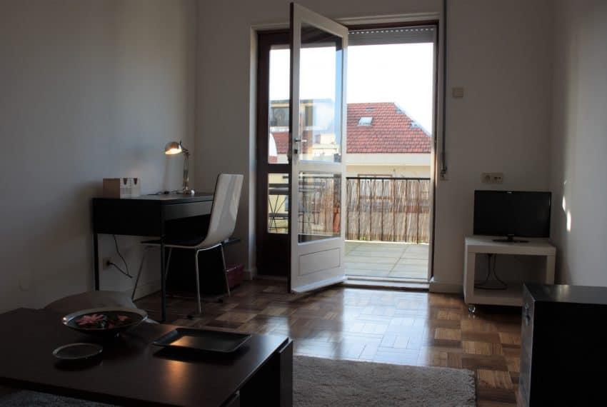 Apartamento T1+1 center Porto (18)