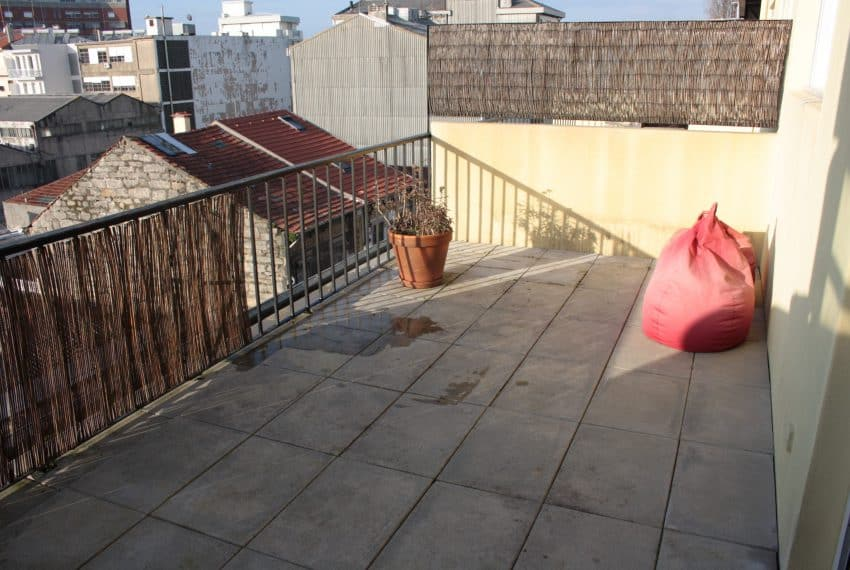 Apartamento T1+1 center Porto (21)