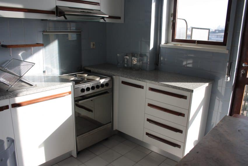 Apartamento T1+1 center Porto (6)