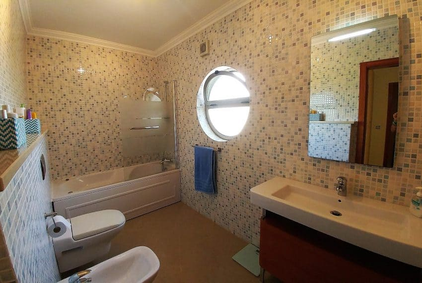 3 bedroom apartment Tavira sea views (16)