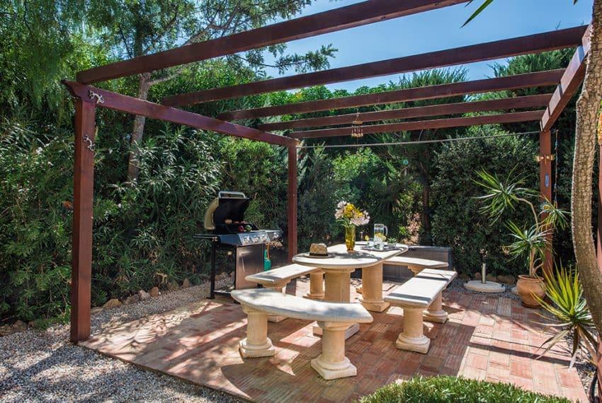 3 bedroom villa pool sea views Olhao (25)