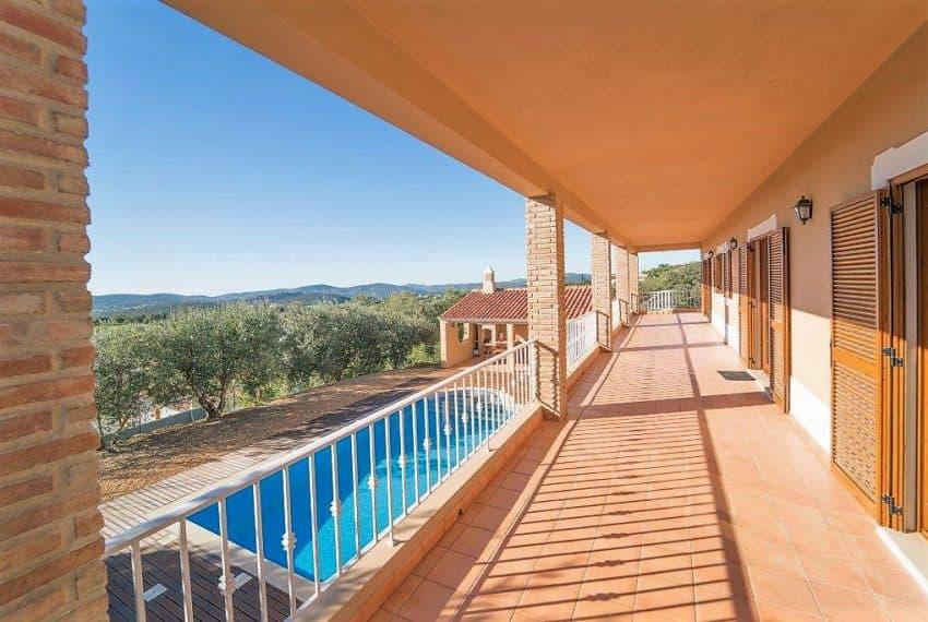 3 bedroom Villa woth Pool Sao Bras de Alportel sea views (13)