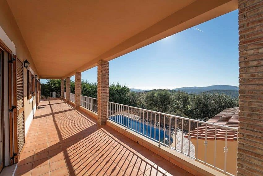 3 bedroom Villa woth Pool Sao Bras de Alportel sea views (14)