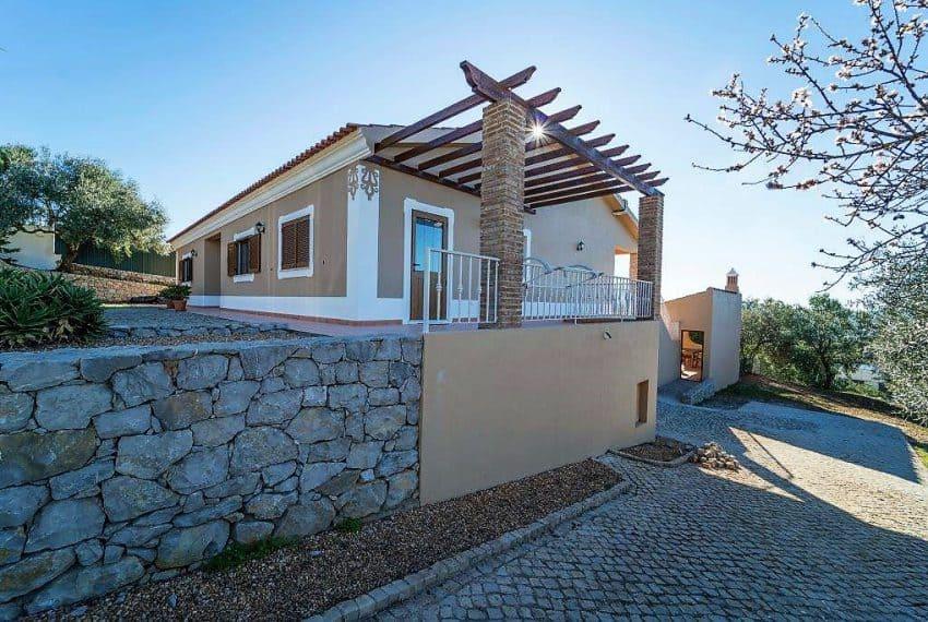 3 bedroom Villa woth Pool Sao Bras de Alportel sea views (6)