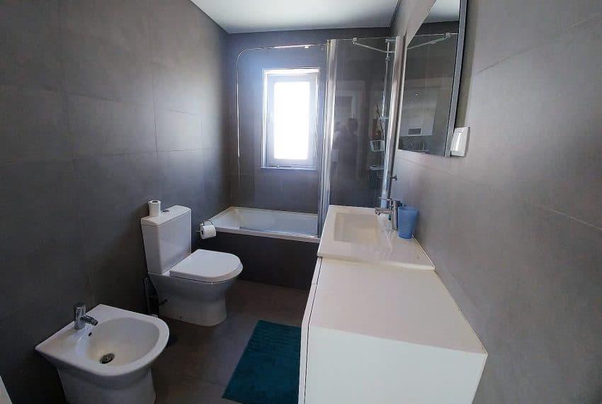 T2 duplex top floor Monte Gordo (21)