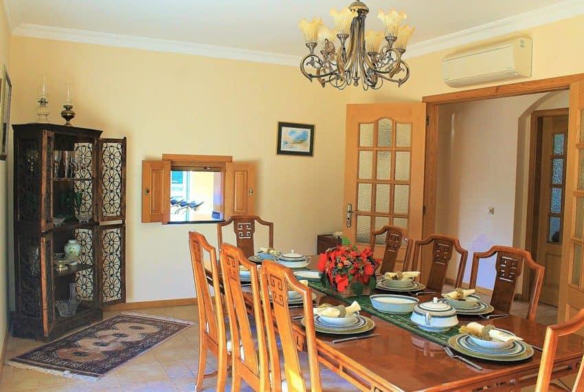 4 bedroom luxury villa with pool near Tavira Eastern Algarve (10)