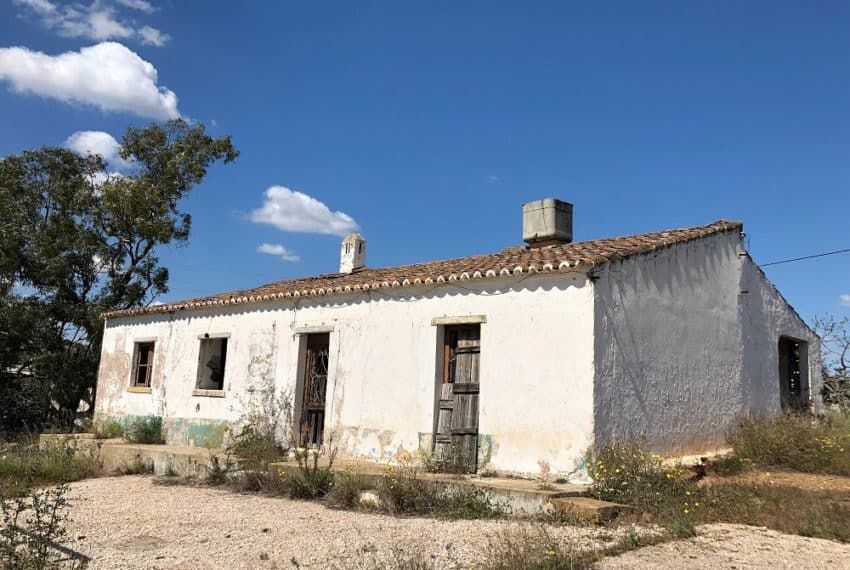 Farmhouse for renovation Castro Marim Eastern Algarve (6)
