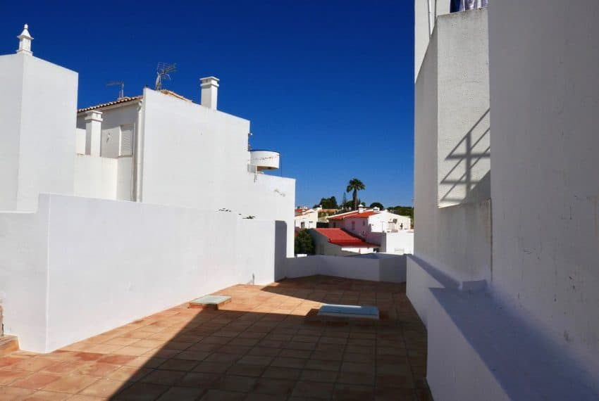 renovated townhouse Cabanas Eastern Algarve beach (5)