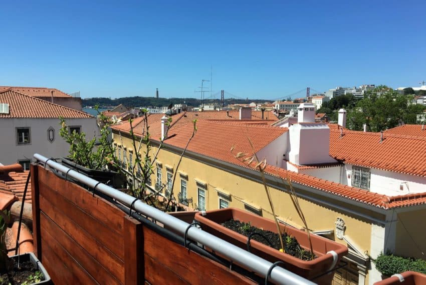 3bedroom townhouse Lisbon center Chiado (5)