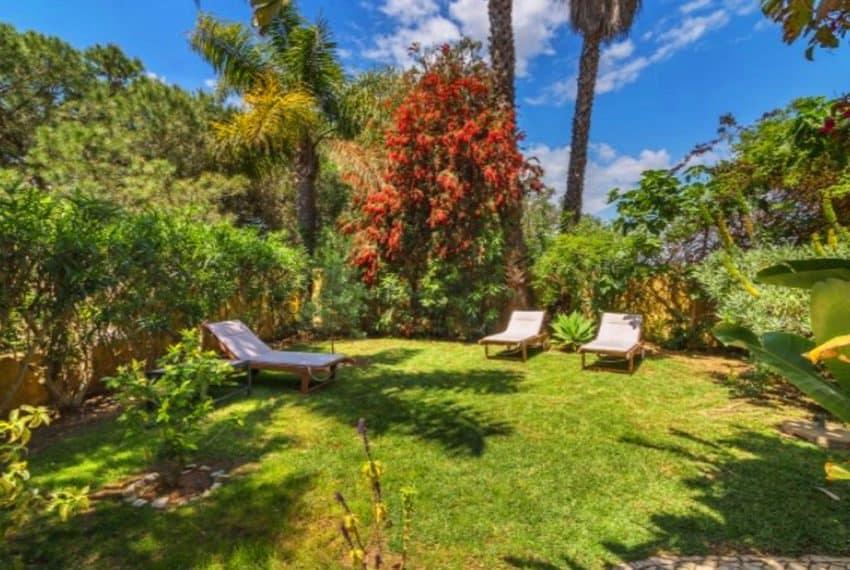 4 bedroom villa pool Almancil Algarve beach  (8)