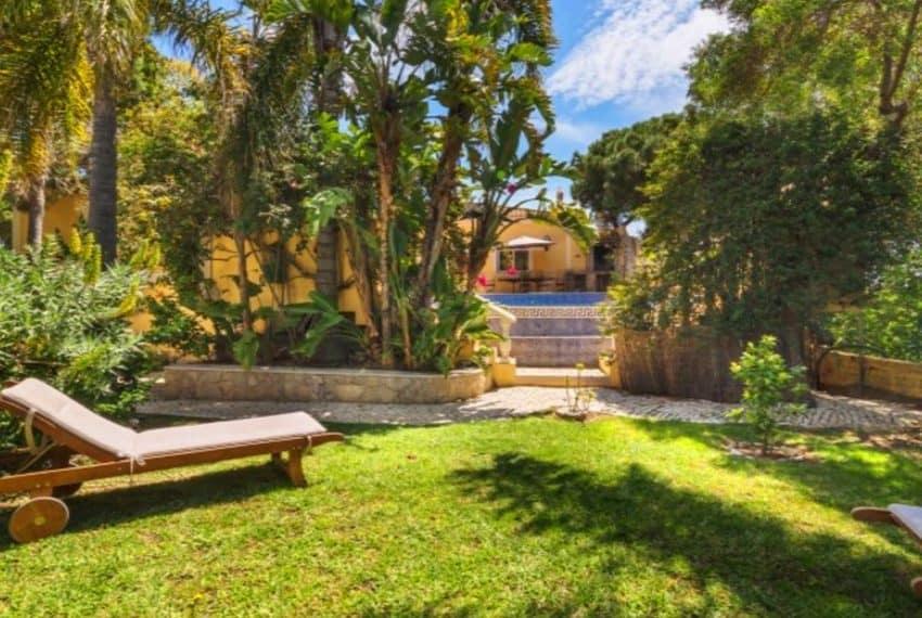 4 bedroom villa pool Almancil Algarve beach  (9)
