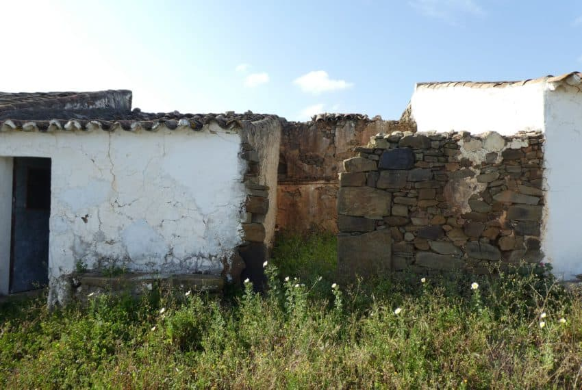 ruin sea views tavira beach (13)