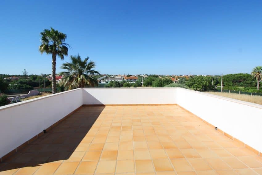 4 bedroom villa pool beach Loule Algarve (18)