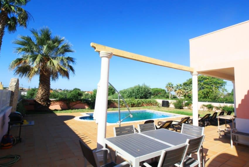 4 bedroom villa pool beach Loule Algarve (3)
