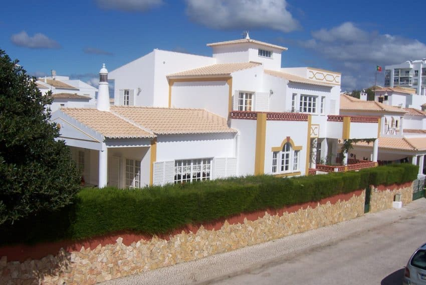3 bedroom villa Lagos beach (2)