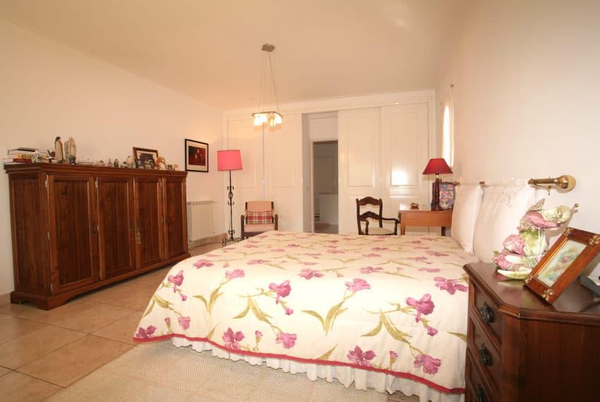 3 bedroom villa Lagos beach (37)