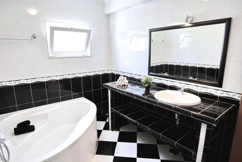 4 bedroom duplex apartment Altura Algarce beach golf (7)