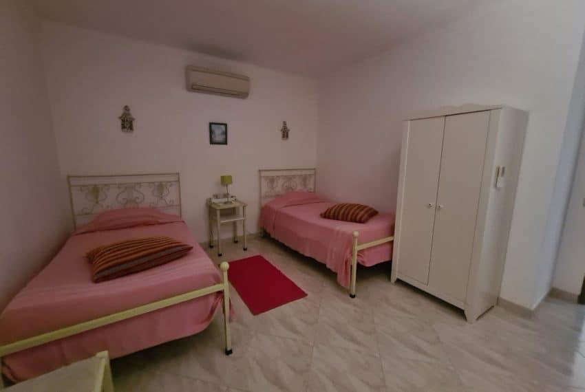 4bedroom villa pool Santa Barbara de Nexe beach Algarve (18)