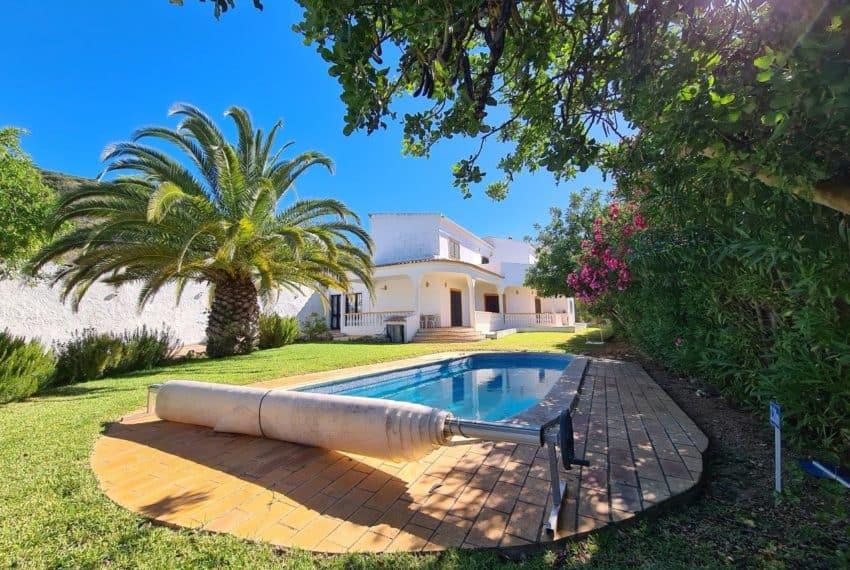 4bedroom villa pool Santa Barbara de Nexe beach Algarve (2)